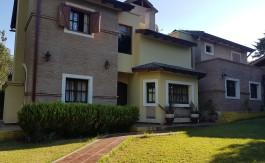 Casa en Venta Costanera (2)